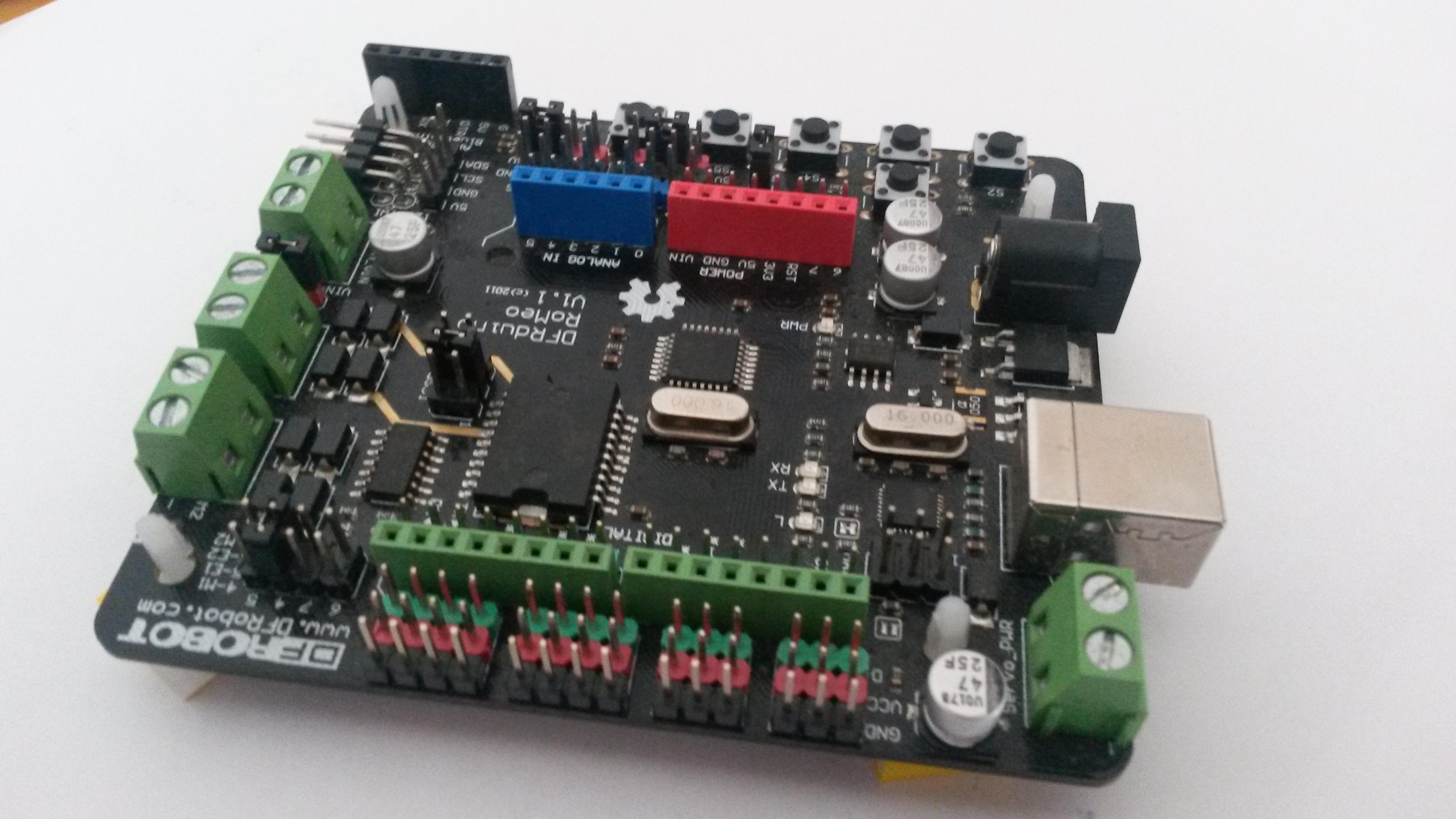 Aquisição de dados com DFR Arduino Romeo e o Dev-C++