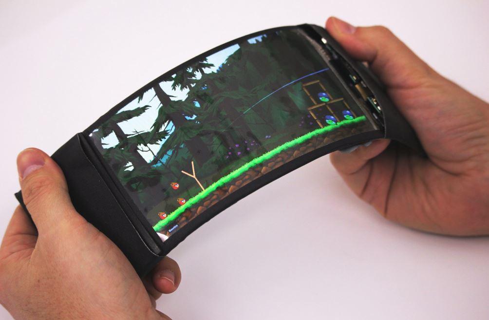 Read more about the article Primeiro smartphone que dobra e é verdadeiramente utilizável