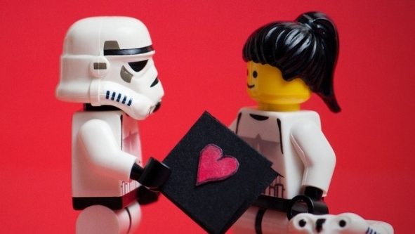 Ter um namorado geek, nerd, tech: chamam-lhe o que quiserem!