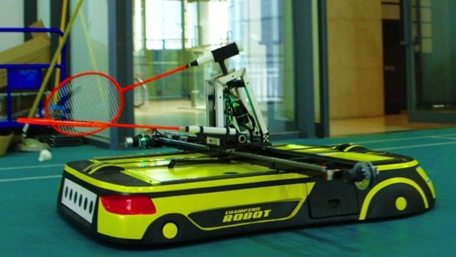 Read more about the article Badminton: O robot que lhe vai dar uma tareia