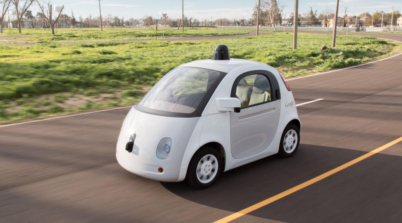 O carro autonomo da Google captou cenas muito hilariantes