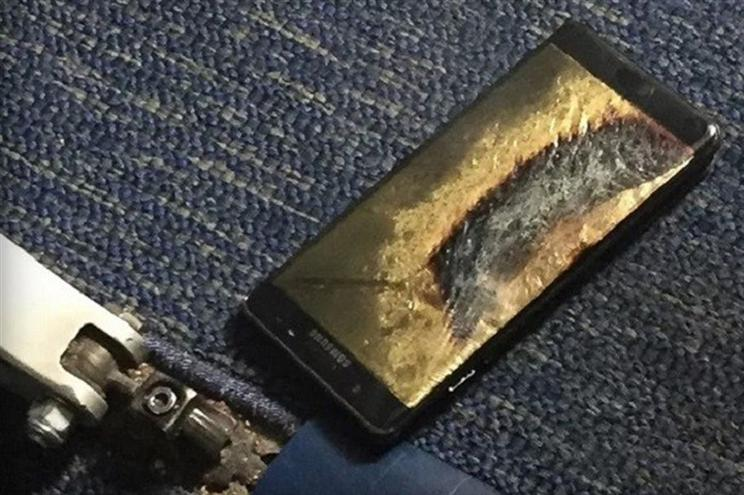 samsunggalaxynoteplaneexplosioncover