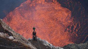 """Read more about the article Google permite que você """"viaje"""" até ao centro de um vulcão"""