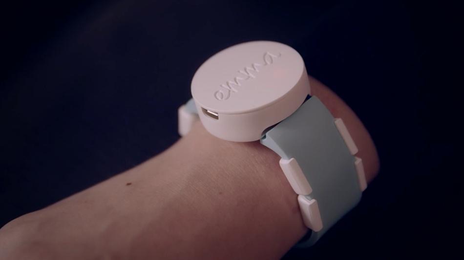 Relógio inteligente ajuda a reduzir tremores de pessoas com Parkinson