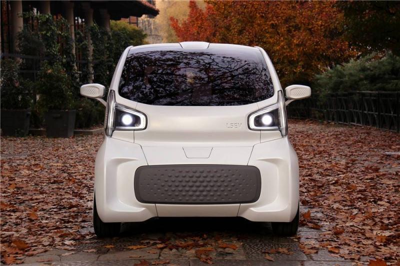 Carro feito em impressora 3D à venda