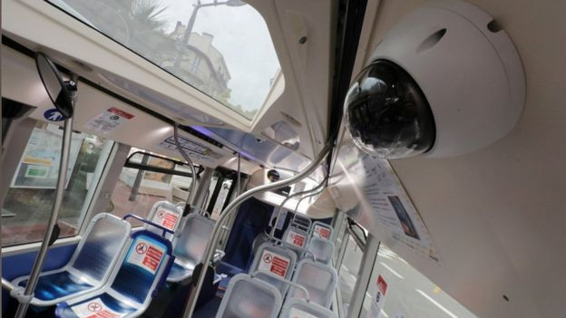 Coronavirus: Câmaras de vigilância monitorizam distanciamento social e uso de máscaras